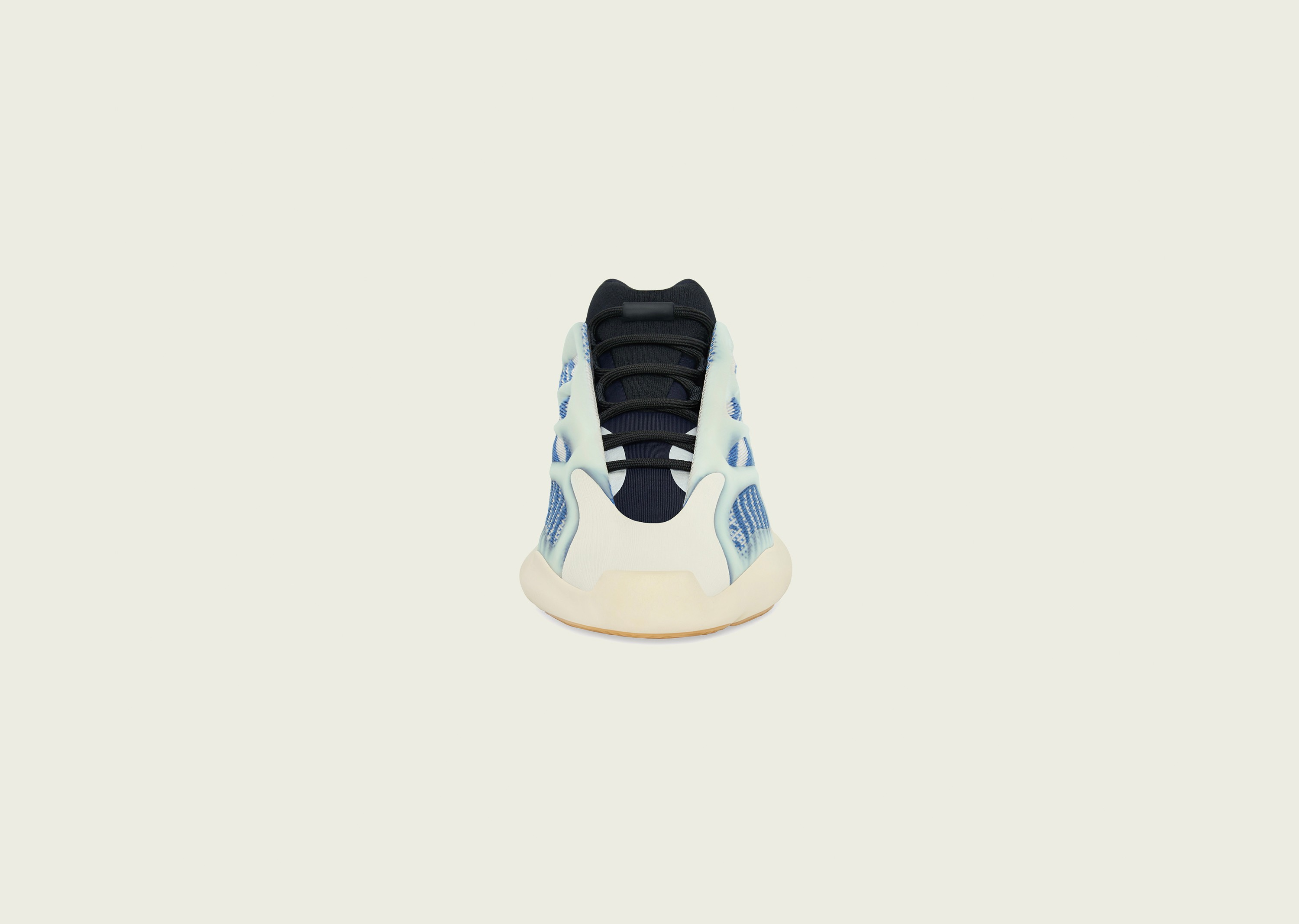 700_kyanite_blog_0003_YEEZY_700_V3_KYANITE_Front_Social_FB_2500x1878