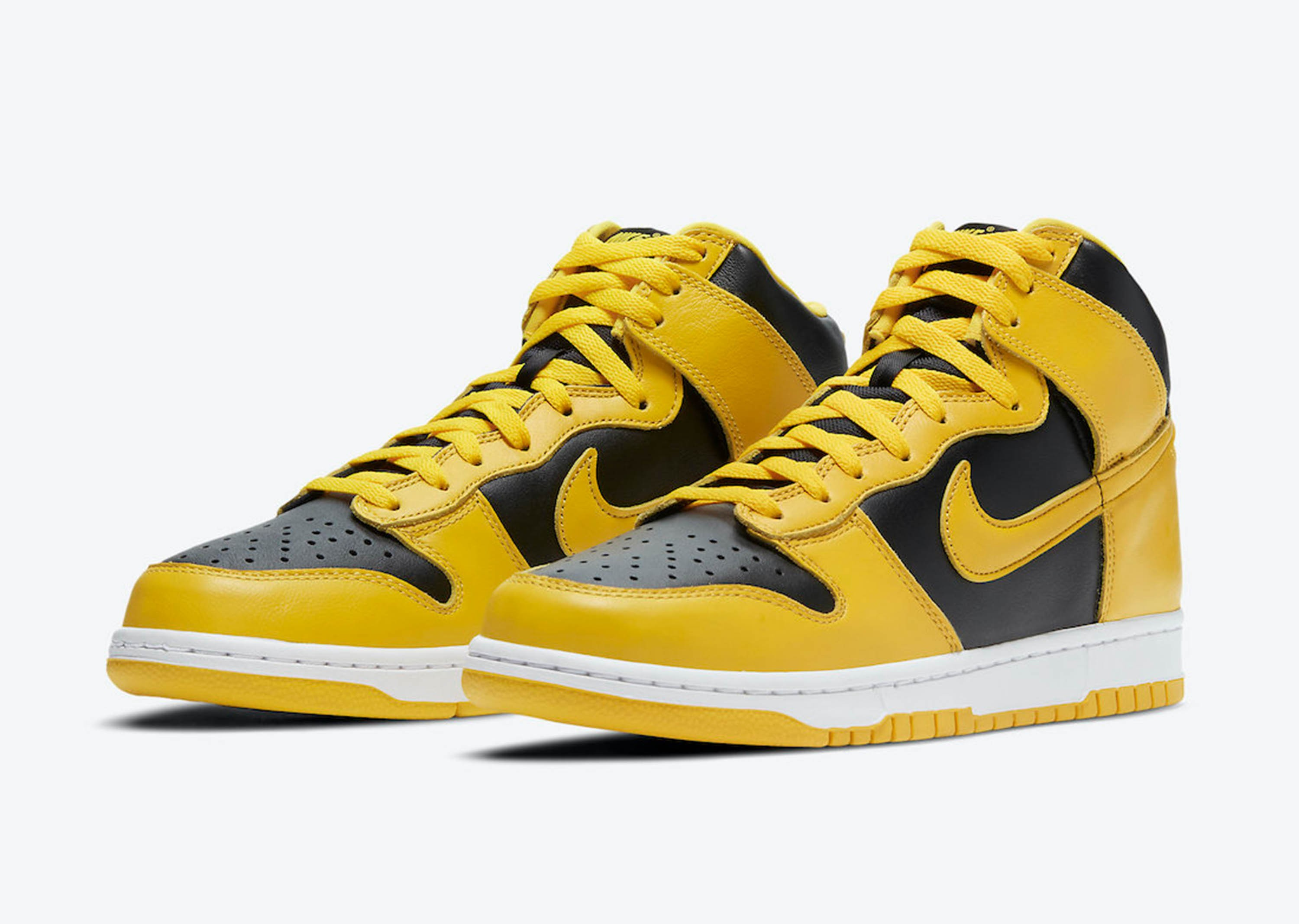 Dunk_High_Varsity_Maize_0000_Nike-Dunk-High-Varsity-Maize-CZ8149-002-Release-Date-Price-4