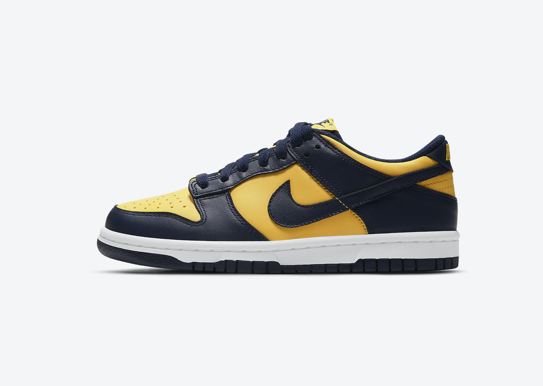 Nike_DunkLow_MichiganSt_Blog_0001_Layer 23