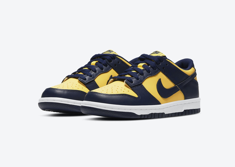 Nike_DunkLow_MichiganSt_Blog_0003_Layer 21