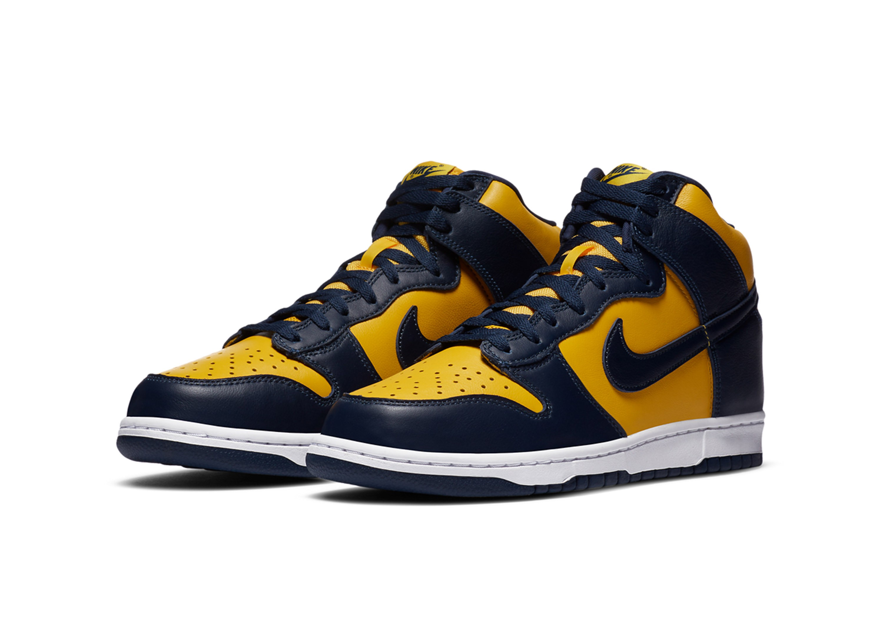 Nike_Dunk_High_Michigan_Navy_Maize_0002_nike-dunk-high-michigan-cz8149-700-official-release-date-info-3