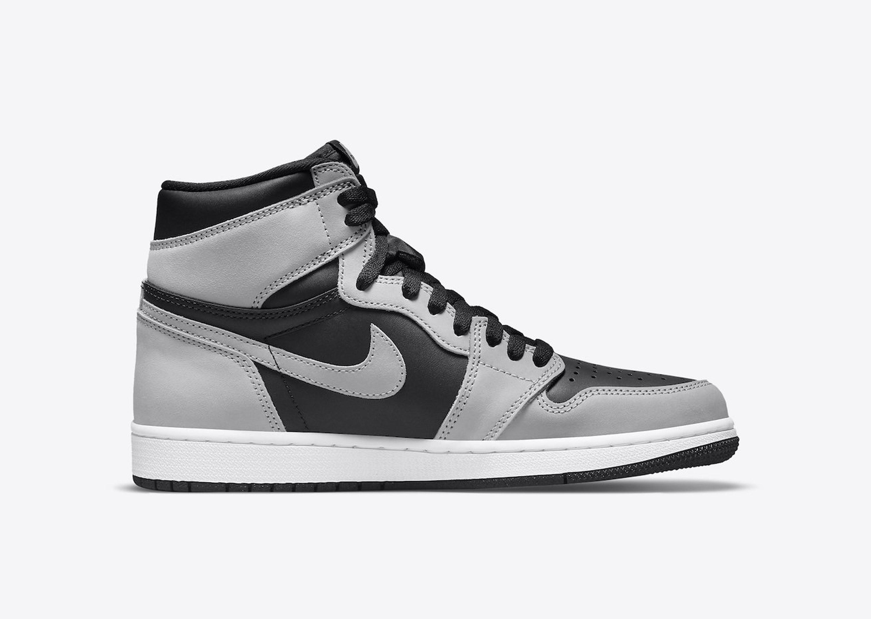 Nike_Dunk_Low_Michigan_Blog_0001_Layer 11
