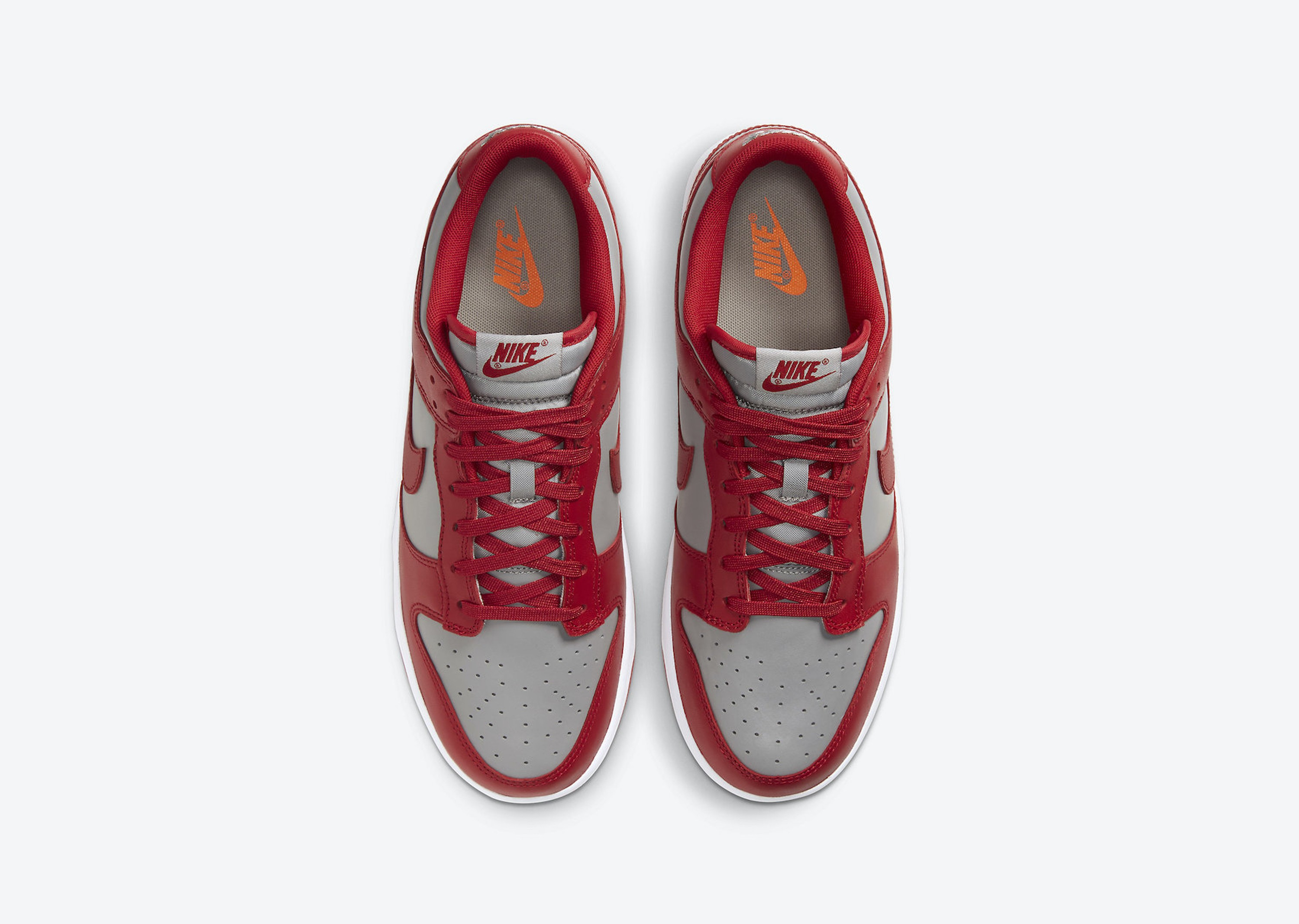 Nike_Dunk_Low_UNLV_Blog__0000_Layer 4