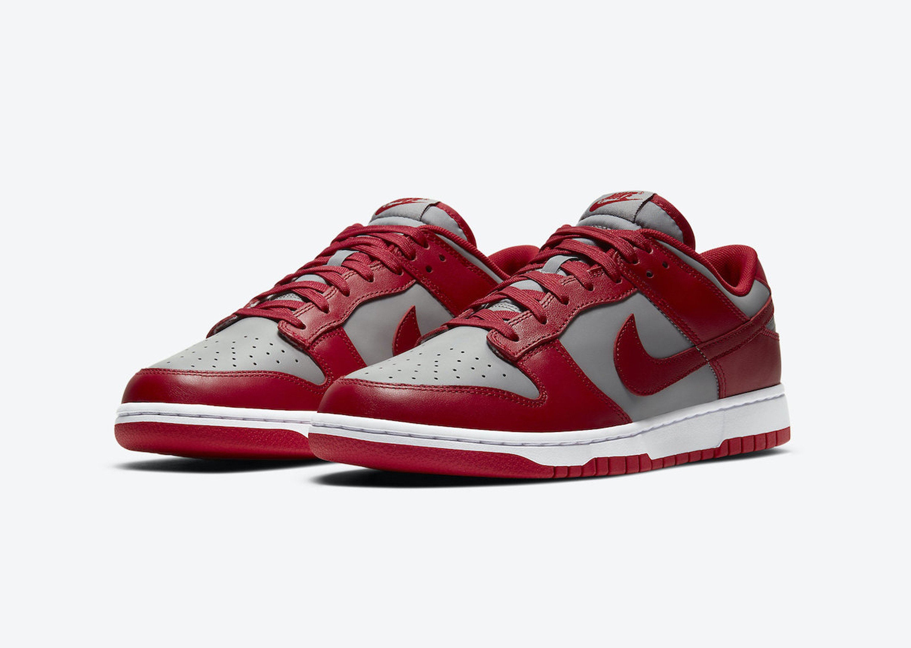 Nike_Dunk_Low_UNLV_Blog__0003_Layer 1