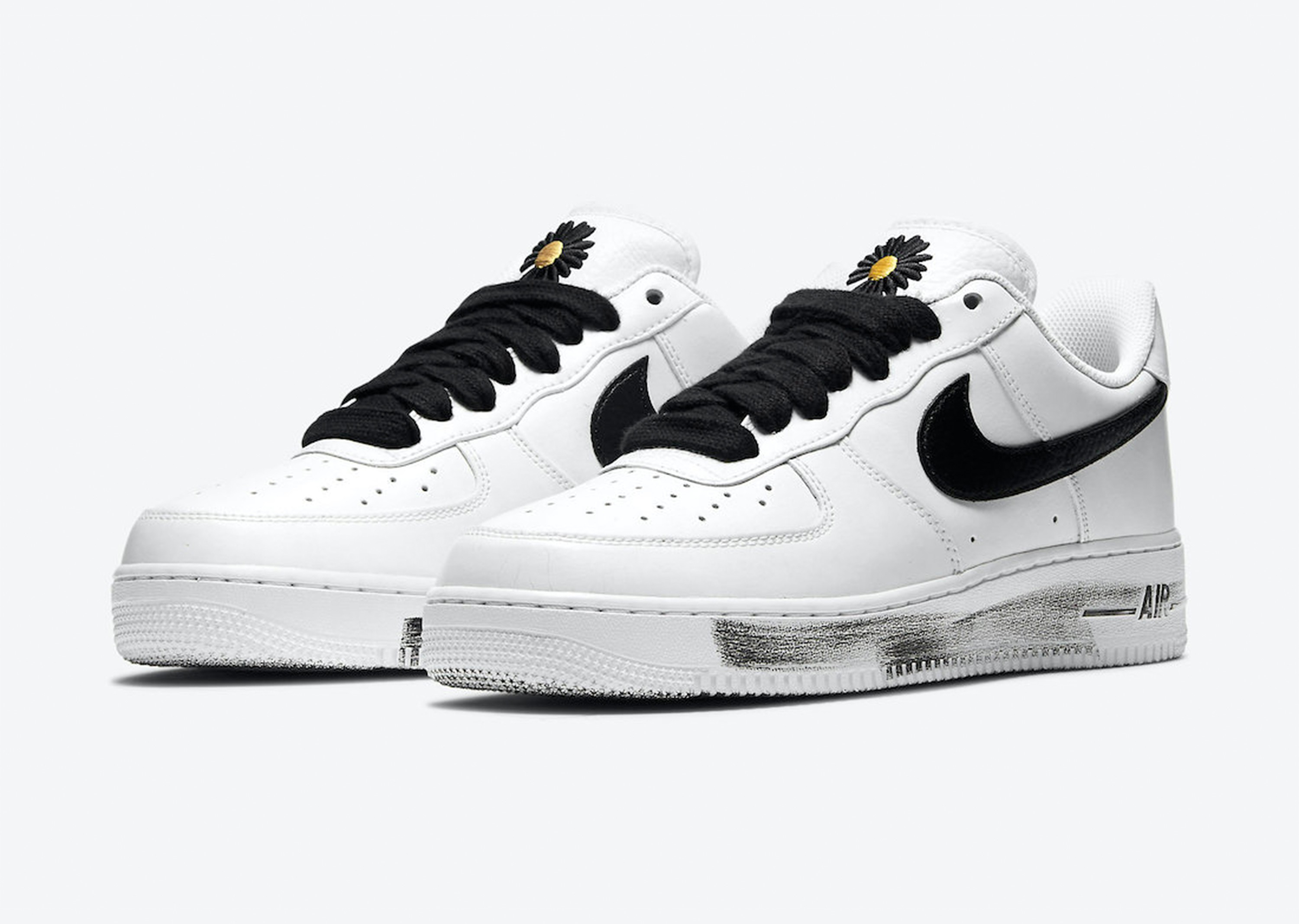 PEACEMINUSONE_AF1__0003_PEACEMINUSONE-Nike-Air-Force-1-Para-Noise-2-0-Release-Date-DD3223-100-4