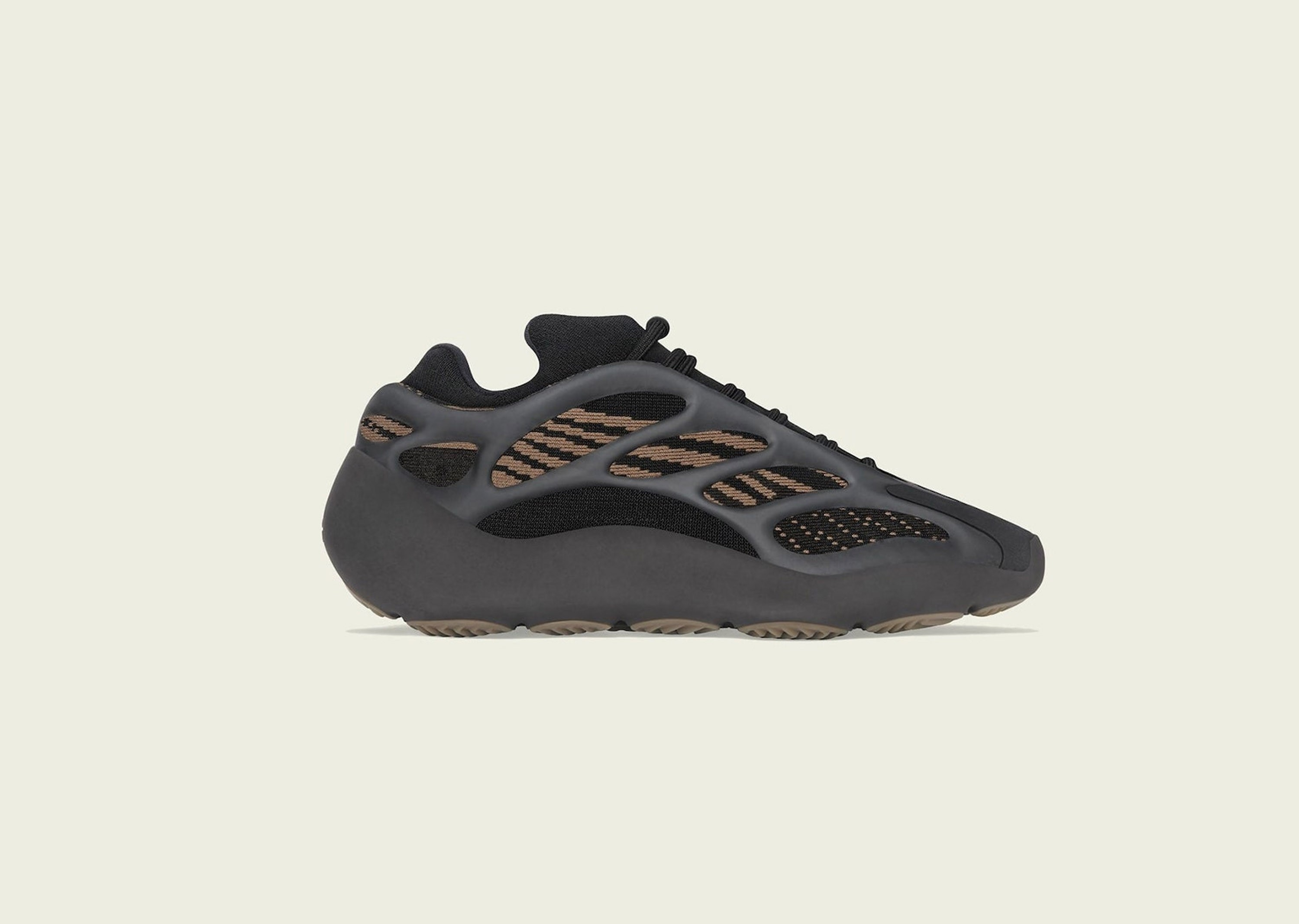 YEEZY_V3_CLAYBROWN__0003_Layer 1