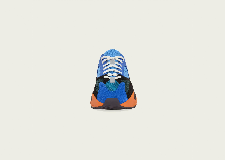Yeezy_700_bright_blue_blog__0003_GZ0541_FR_eCom
